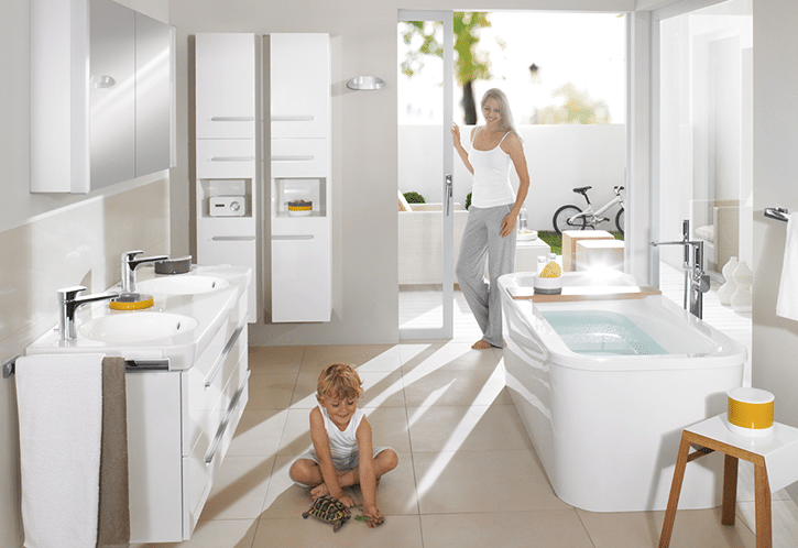 Mould loves bathrooms - family in a bright white bathroom